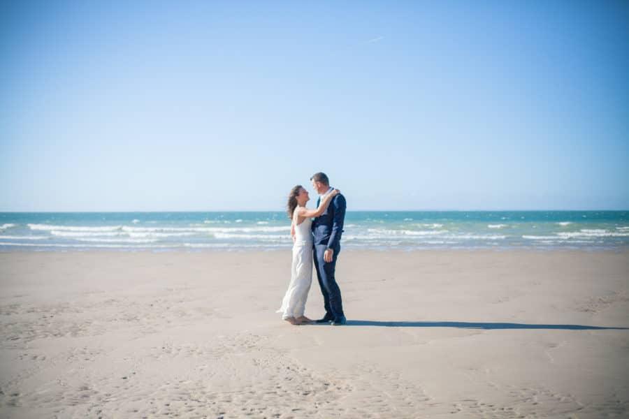 séance photo couple sur les plages de la mer du nord