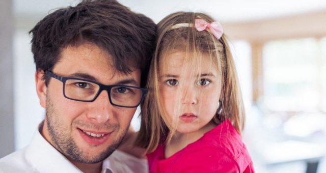 SÉANCE PHOTO FAMILLE NAISSANCE À DOMICILE