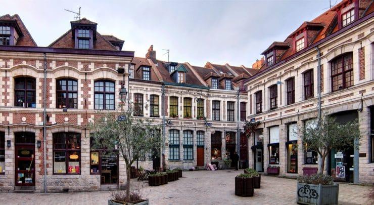 La place aux oignons dans le Vieux-Lille