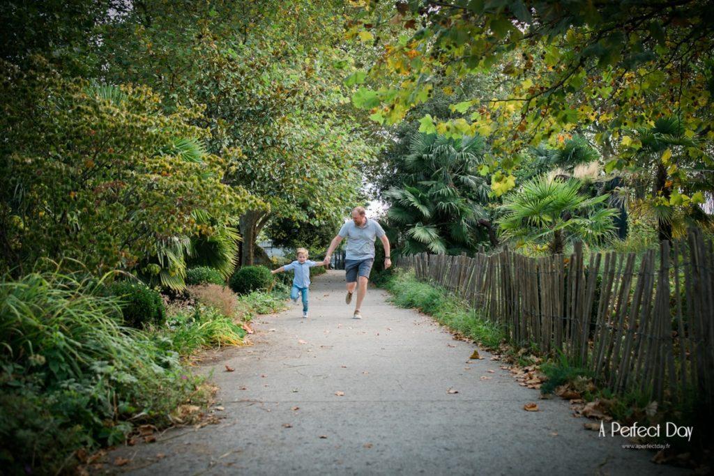 des photos de famille au jardin des géants