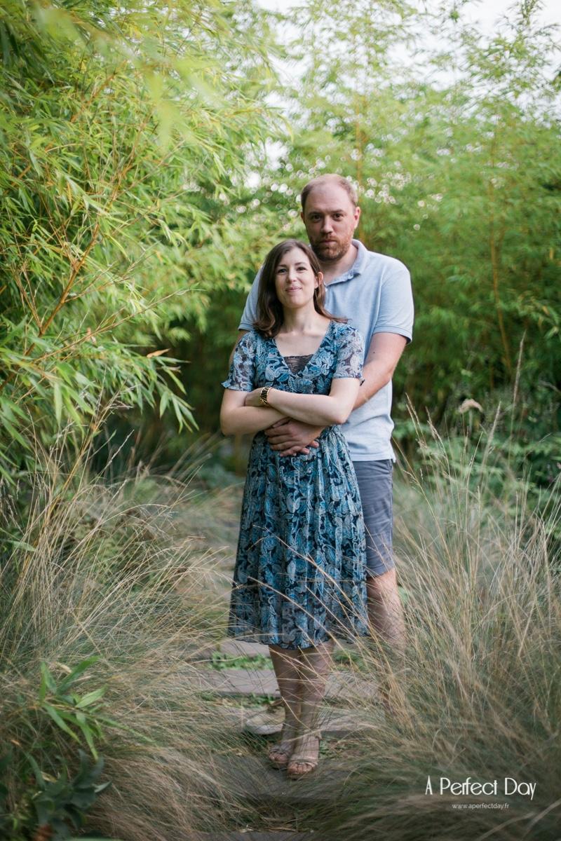 portrait de couple au jardin des géants à Lille