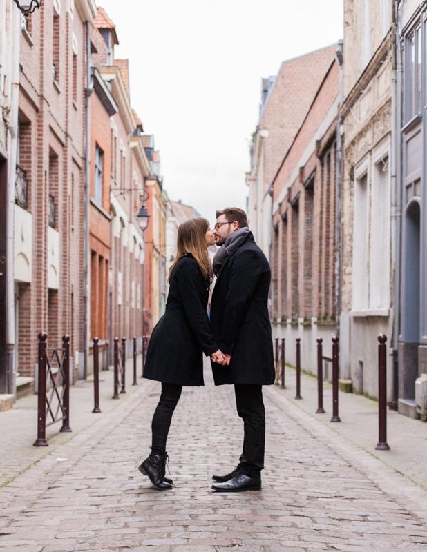 photo d'amoureux dans le Vieux-Lille