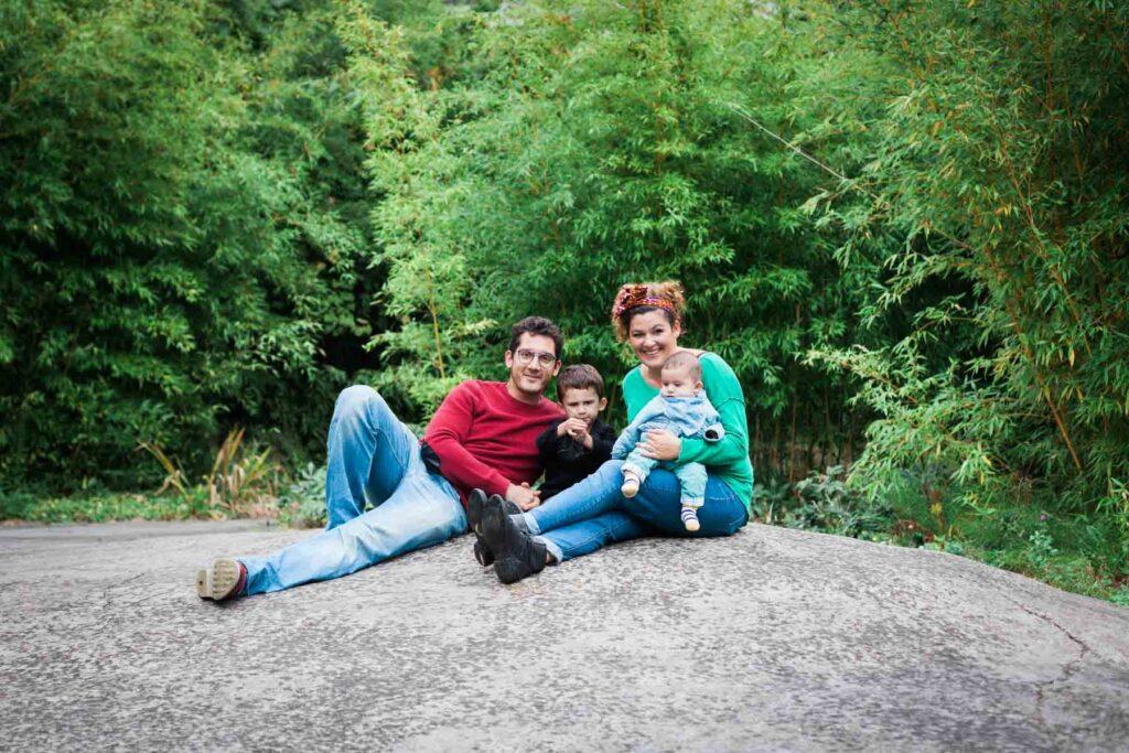 photo de famille en extérieur à Lille