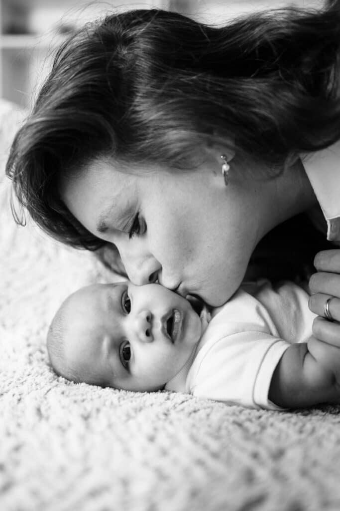 des photos de bébé au naturel et en famille