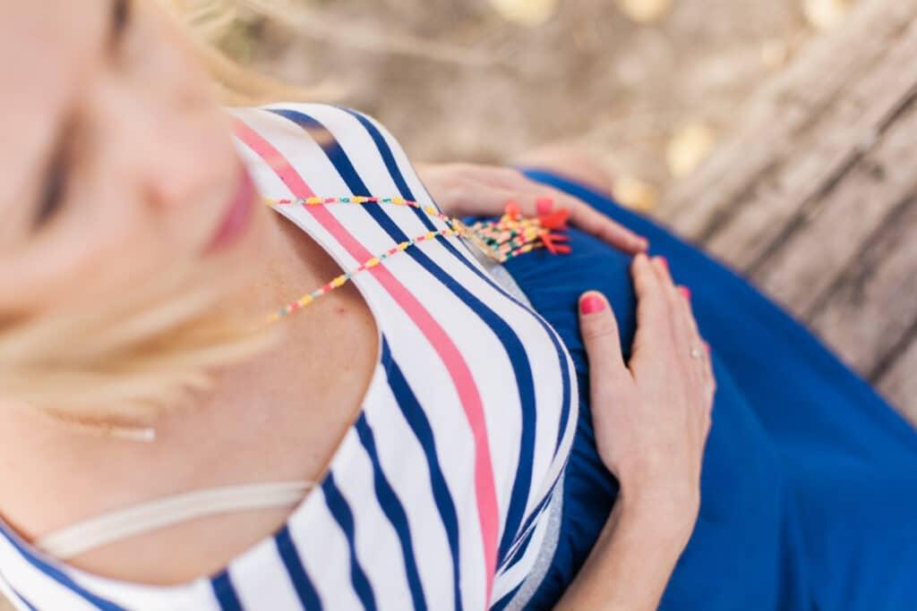 le ventre rond de la future maman